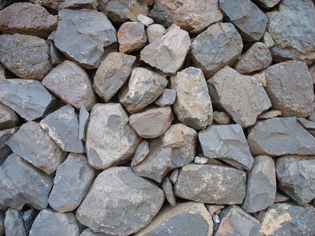 kamenny-mur-2