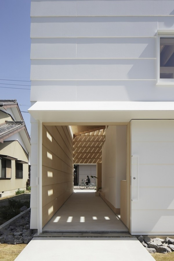 open-air-hall-600x899