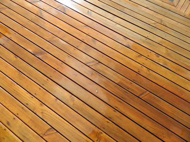 starostlivost-drevena-terasa-5