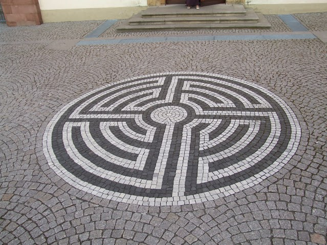 zahradny-labyrint-13