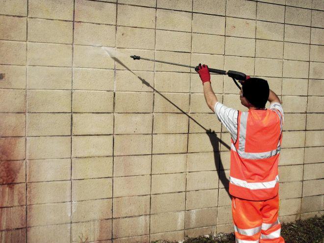 zbaviť sa graffiti wapkou