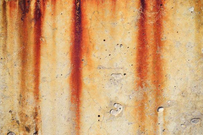 škvrny od hrdze na betóne