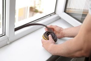 utesnenie okien a dverí
